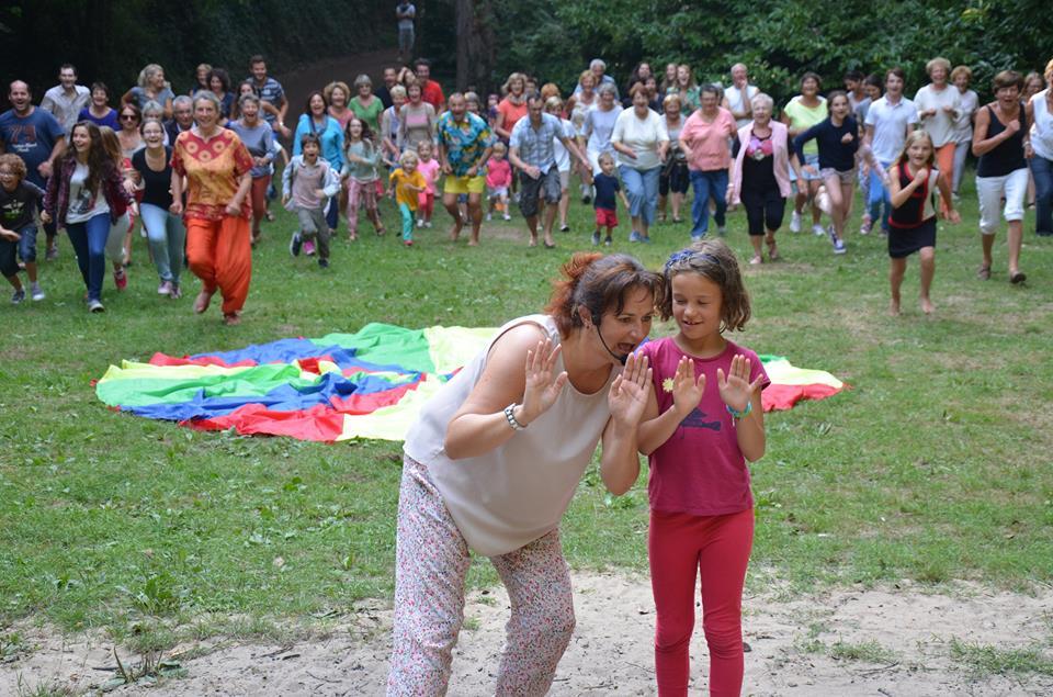 séances géantes yoga du rire - vallée de diane - plurien